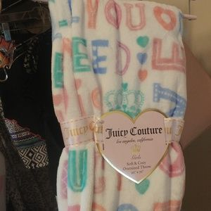 NEW Juicy Couture 🎀soft plush throw blanket